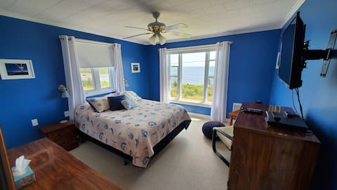 Private Oceanfront Cottage on Irish Loop / ECT