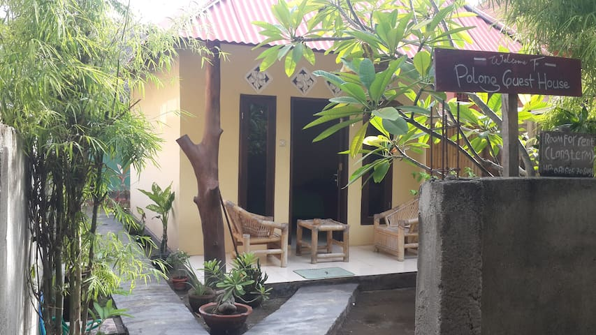 Polong Guest House - Room with AC