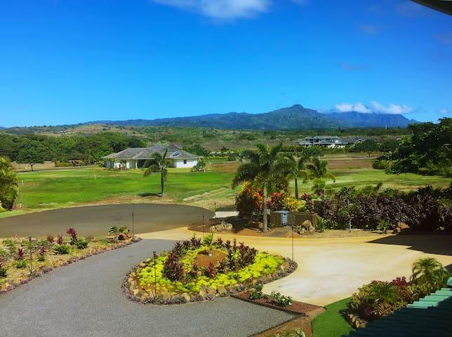 Poipu Ocean/mountain view Villa..see special... - Koloa - Apartment