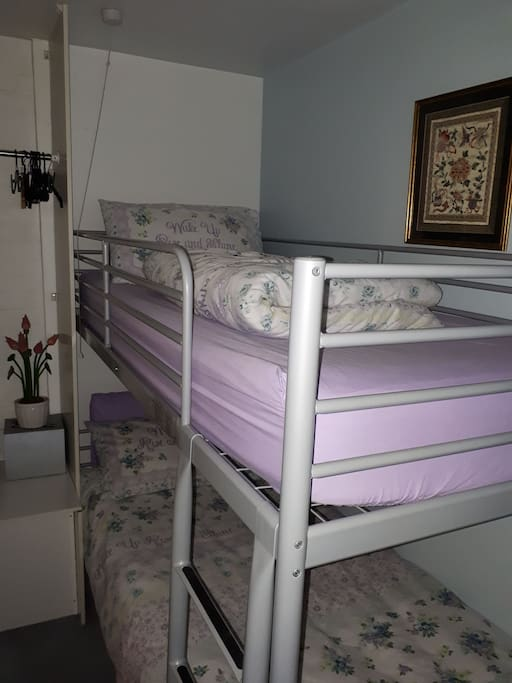comfy bunk bed