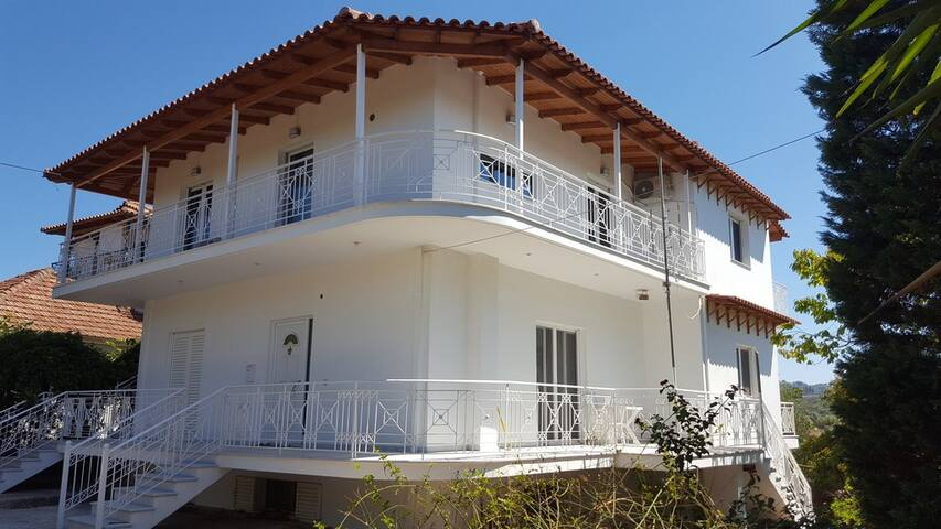 Villa Fotini II