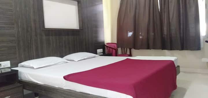 iROOMZ Annapoorna Residency Deluxe Double A/cRoom