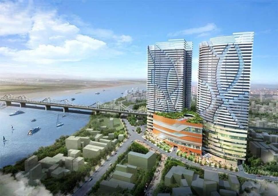 The apartment is located in the next-to-river building, has an amazing view that you can not find anywhere in Hanoi