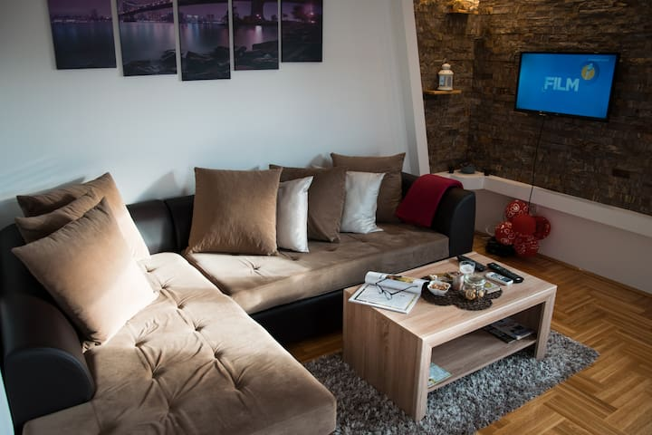 Belgrade warm and new apartment with parking