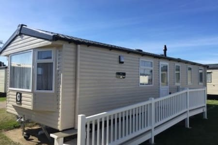 Seashore Haven, Prestige DG/CH Decked with ramp - Great Yarmouth - Ev