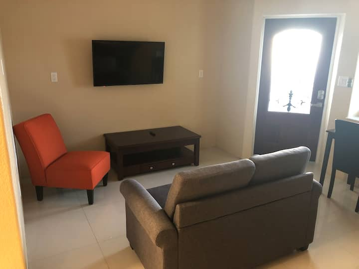 The Bubble House - Apt 2 (Cayman Brac)