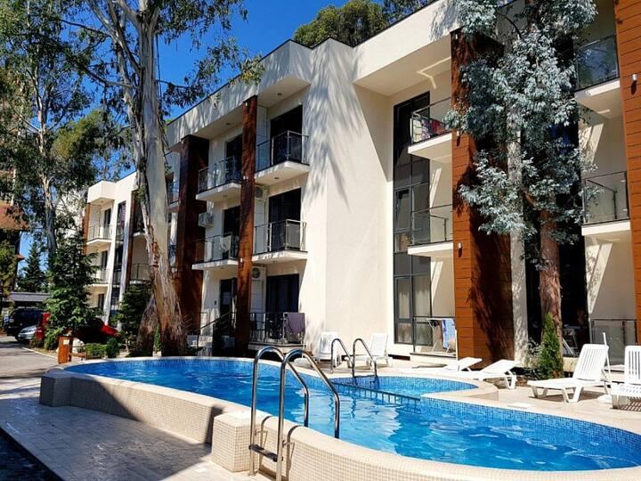 "Апартаменты ""Мадрид - 15"" с бассейном"