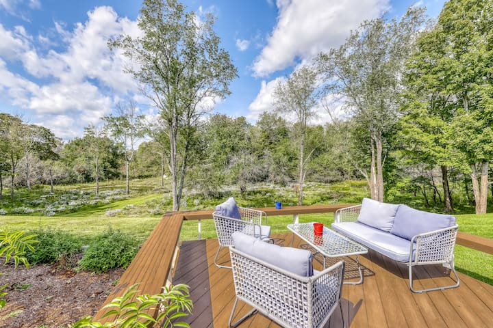 Remodeled dog-friendly home w/ W/D, WiFi, & deck overlooking pond on 3.5 acres