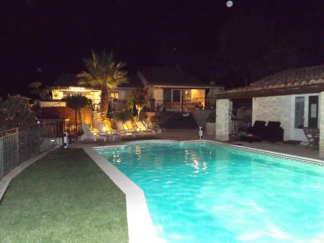 Superbe villa sans aucun vis à vis!