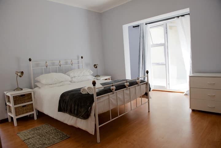 TabuHouse, En-suite room Bloubergstrand