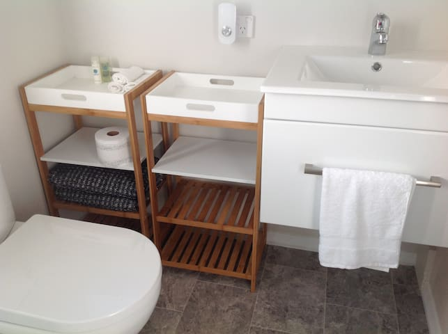 Ample storage in ensuite.