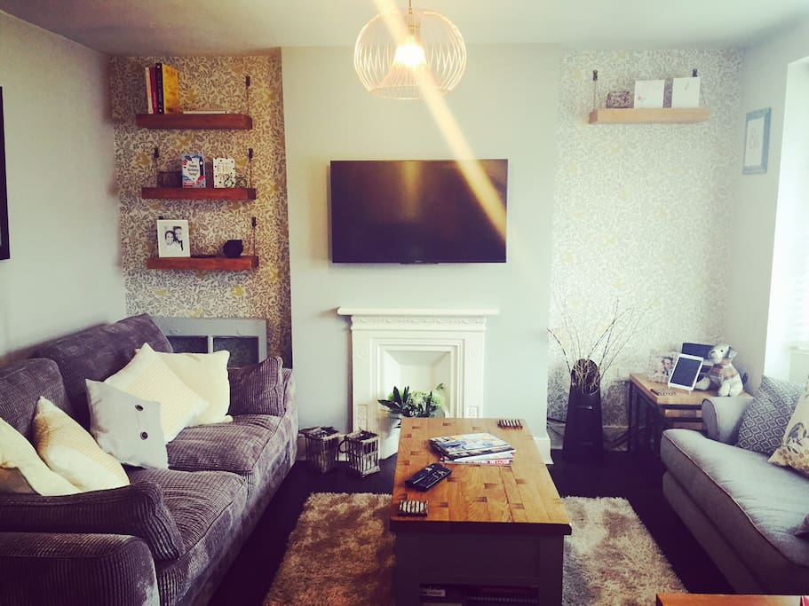 Our cosy lounge is waiting for your visit.  Soft timber features and cosy sofas to relax in.  We have free wifi, BT TV & DVD availability.