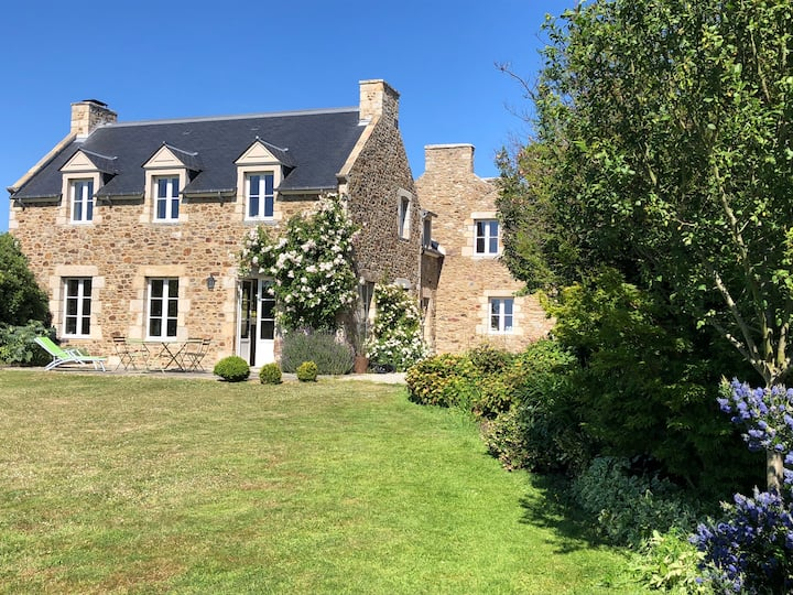 Lovely house in Brittany, quiet, fully renovated