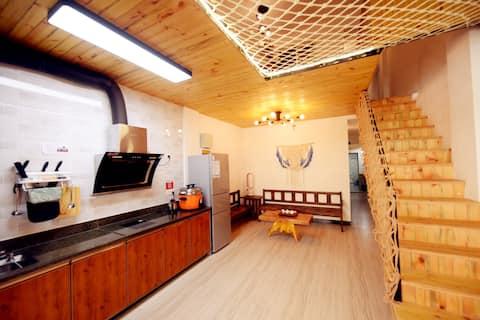 复式四房7床『上川岛飞沙滩旅游区内』独立庭院带厨房自动麻将巨幕投影超大网床「门前大海」