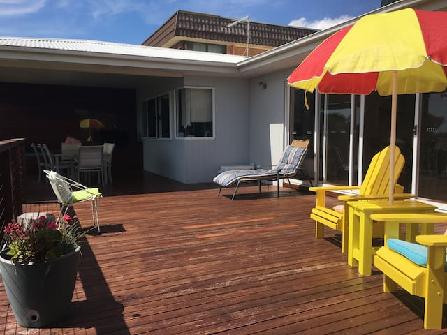 Beach front family holiday home with great views