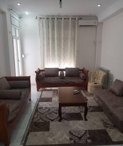 Bel appartement Annaba à 10min à pied de la plage.