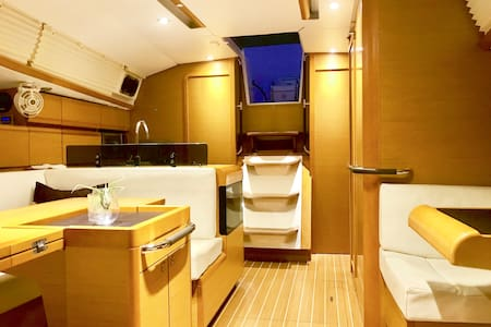 Modern Yacht and Boat life experience