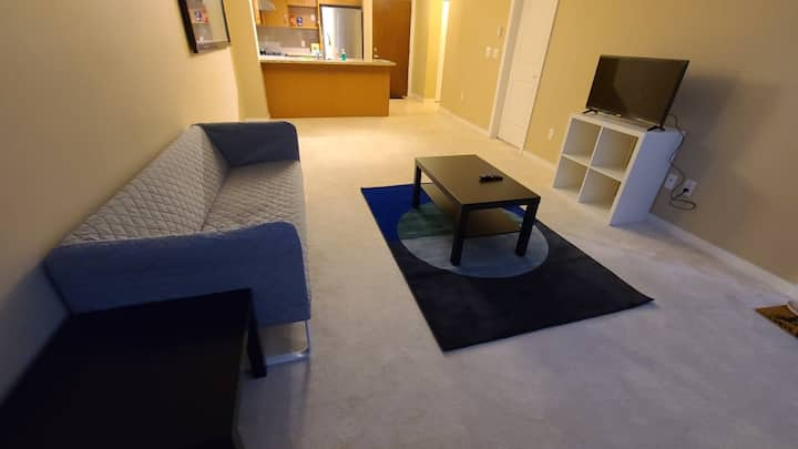 Safe/Quiet APARTMENT for STUDENTS and TRAVELERS