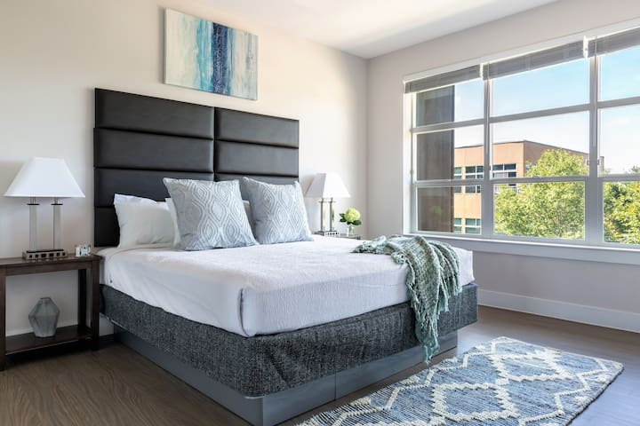 Marvelous 2 Bed at E6