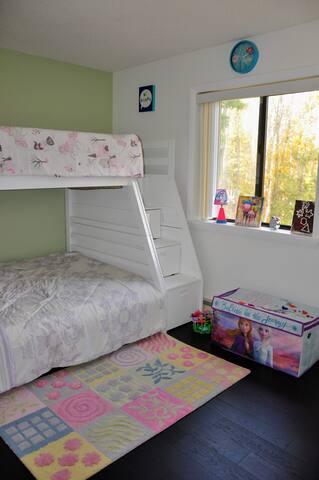 Bedroom 3 - Full + Twin Bunk Bed