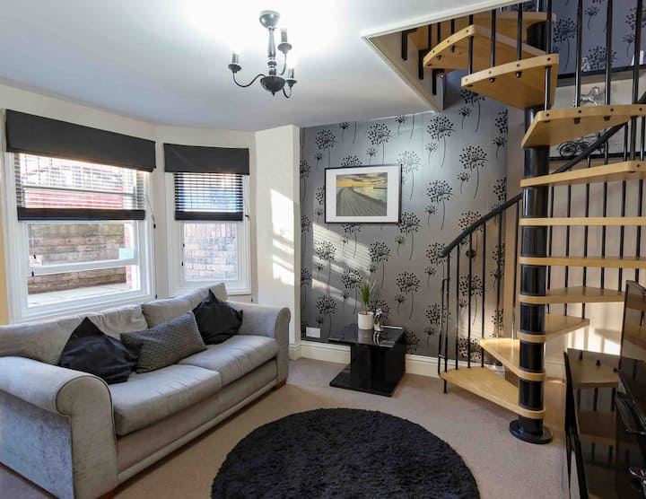 Central apartment in the seaside town of Whitby