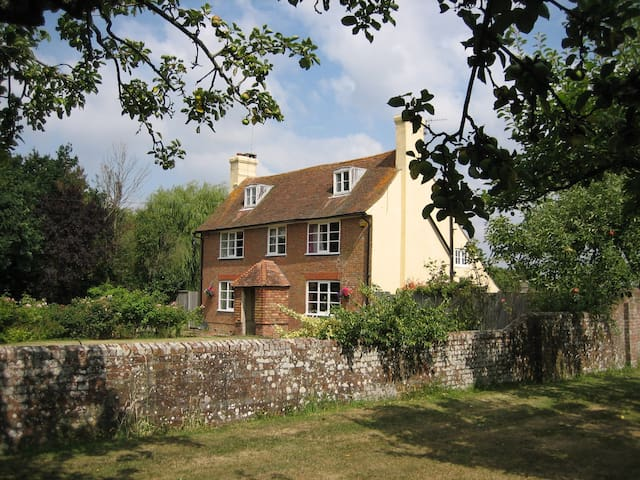 Brook Farm B&B.  Luxurious, 5 Stars, Gold award. 2