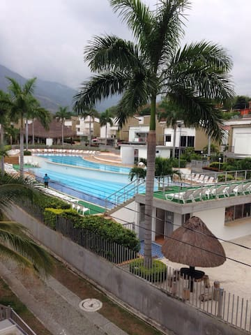 ClubHouse, Exclusive Site Summer, San Jeronimo Ant - San Jerónimo - Willa