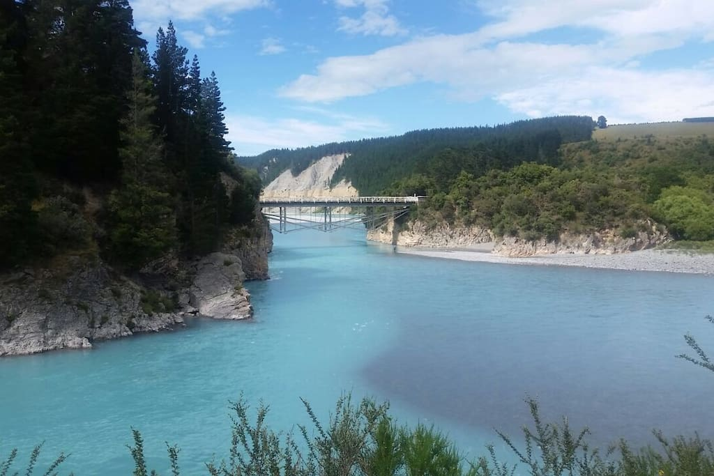 Rakaia Gorge where you can go Jetboating, picnicing or enjoy one of the multiple walks.