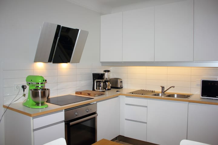 Bright and lovely apartment - great location - Reykjavik