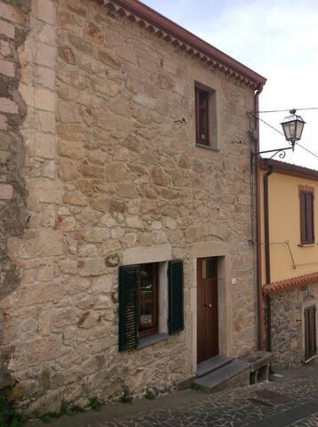 Casa in centro storico - Scano di Montiferro - House