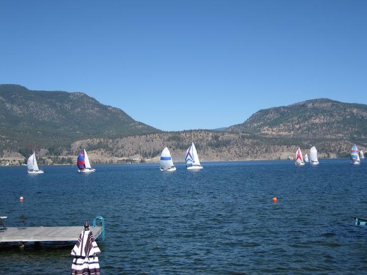 Kelowna-downtown-cabin- lakefront-dock/boat lift