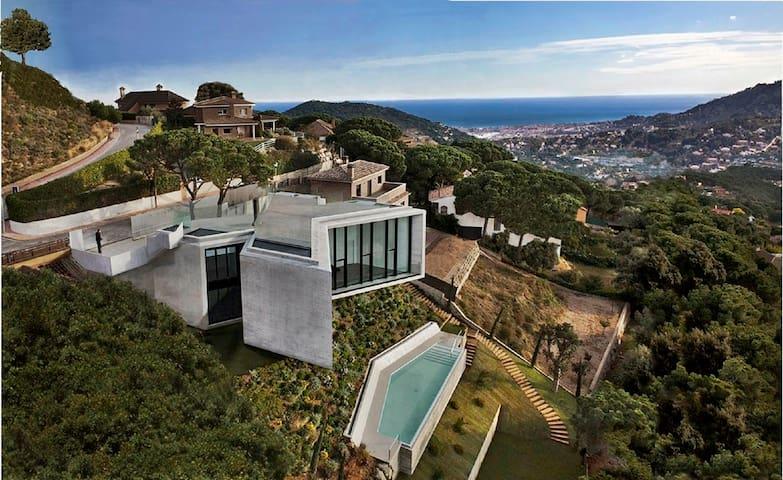 Villa Barcelona jacuzzi-sauna-pool. - Cabrils - Casa de campo