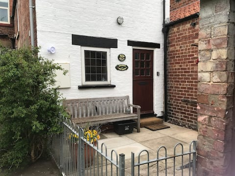 Fuchsia Cottage- a cosy getaway