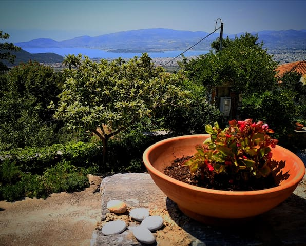 New apartment, amazing view near Volos - Pelion!