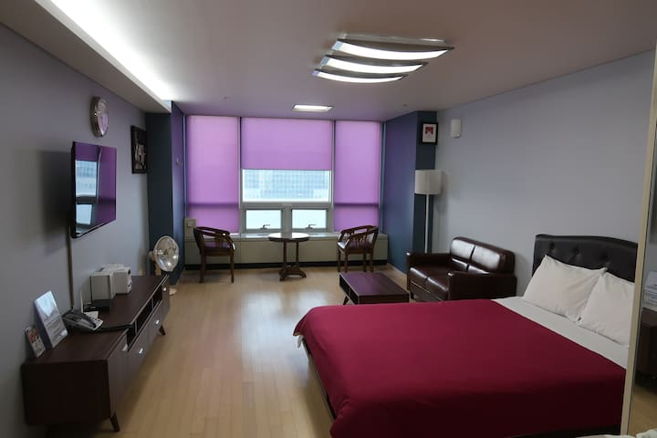 Kevin's House ( Double room # 1 ) 인천공항 5분