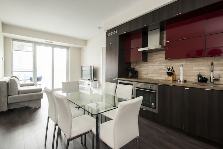 Explore Toronto from a Spacious 2 BR Downtown Condo with CN Tower views