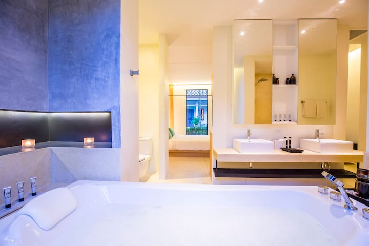 Suite with Couple Bath at X2 Khao Lak Anda Mani