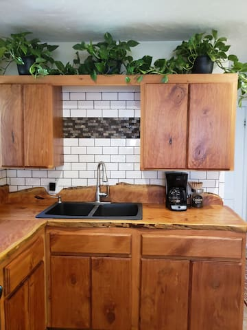 Remodeled kitchen stocked- help yourself!