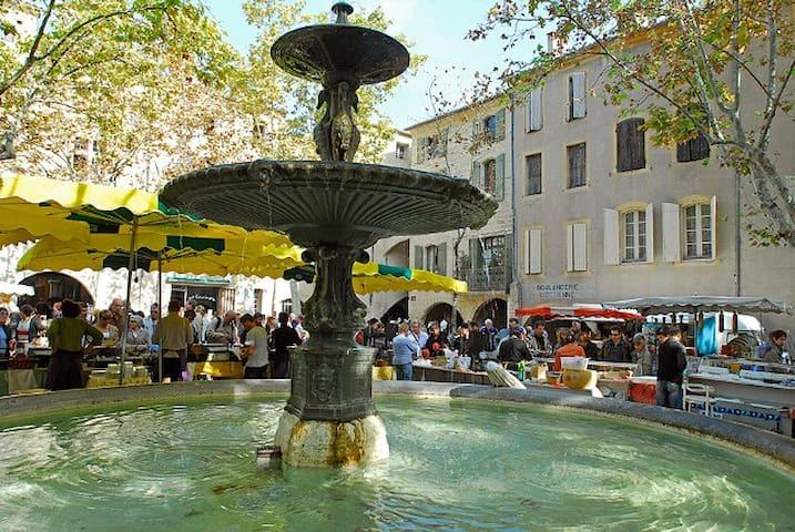 Places we like in Uzès