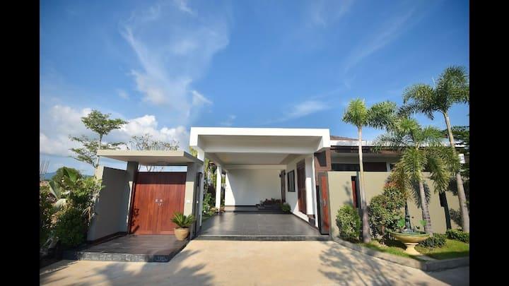 Bali Style Villa in Cherng Talay (near Laguna)