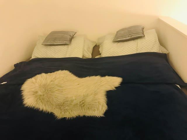 Galéria. 2 db 90x200-as ágy