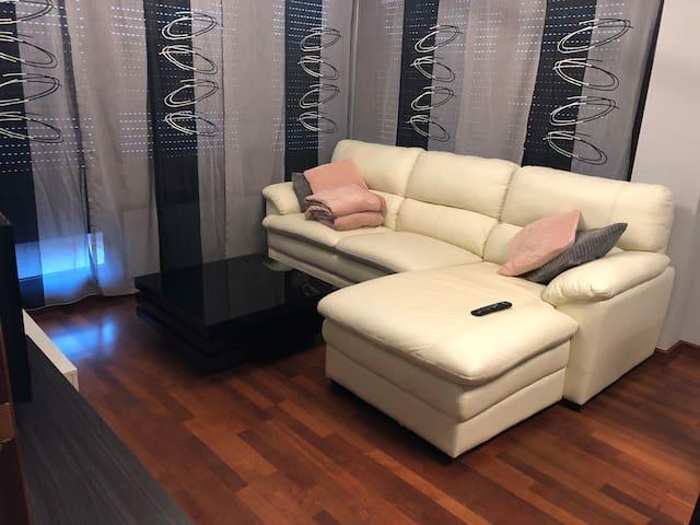 Piso coqueto, cómodo y sin ruidos