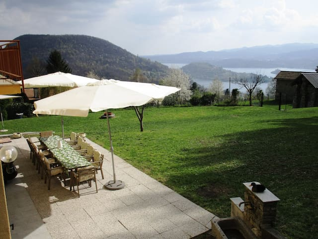 Fascinating house on the Orta lake - Pratolungo - Casa