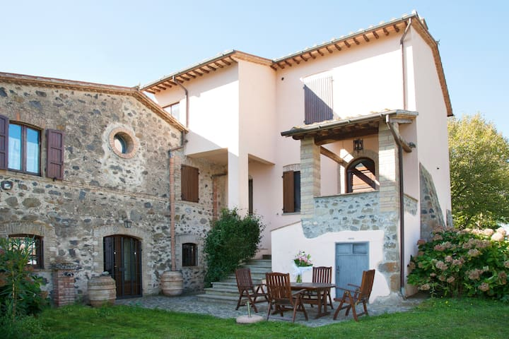 Old House - Casa Vecchia