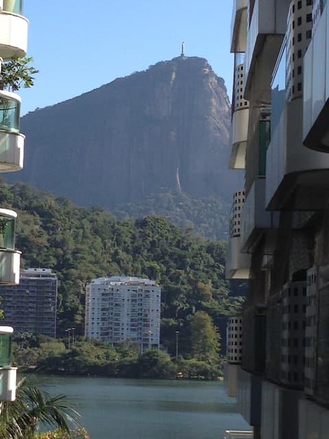 Ipanema - quarto com banheiro privativo