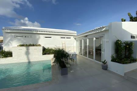 Movida Inn Aruba -  Apartment with Pool View