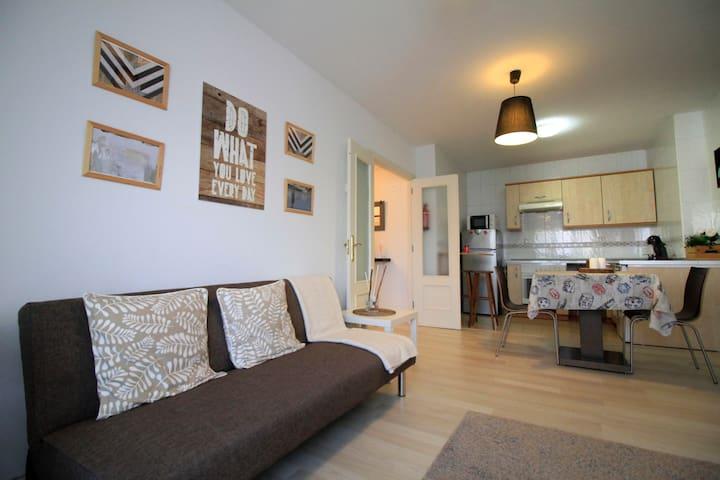 Apartamento Avilés-Salinas V.U.T.612-AS