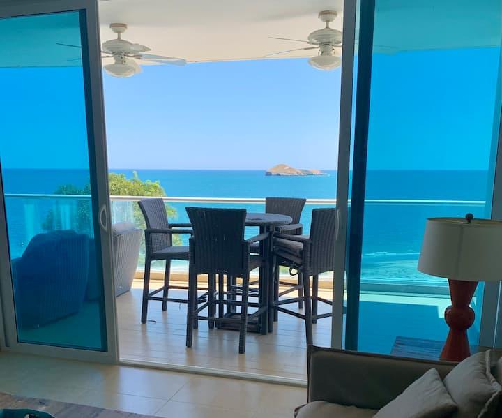 Bello apartamento frente al mar