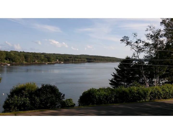 Sheepscot River Front Home with Dock