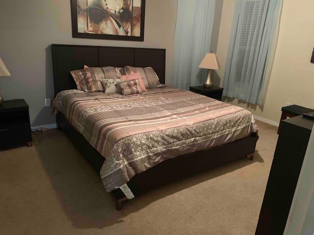1st floor en-suite master bedroom with bathroom.